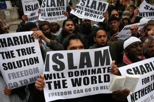 Islam Dominasi